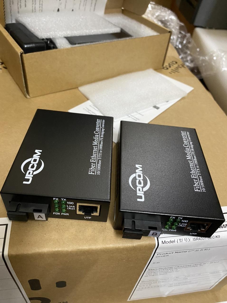 Bộ chuyển đổi quang điện 10/100M 1 sợi quang UPCOM MC101-SS-20